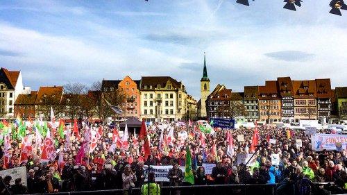 Mitte-Studie - Demokratiegefährdende Einstellungen in Deutschland