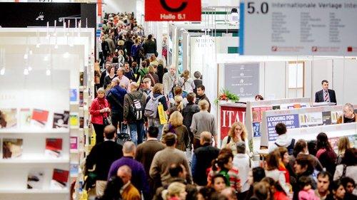 Rassismus - Absagen auf Frankfurter Buchmesse wegen Präsenz rechtsextremer Verlage