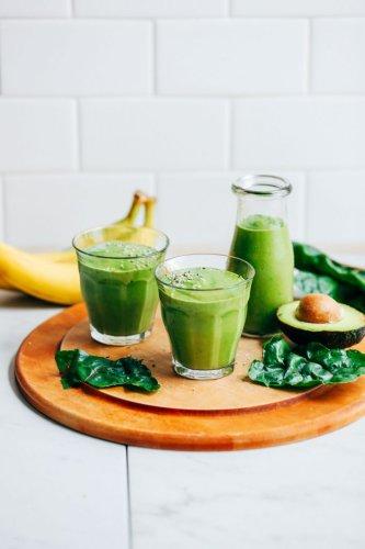Creamy Avocado Banana Green Smoothie
