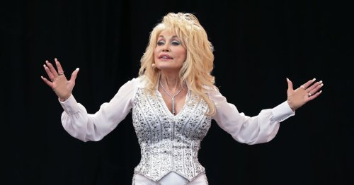 Dolly Parton jokes that Botox injections are her secret to always looking happy