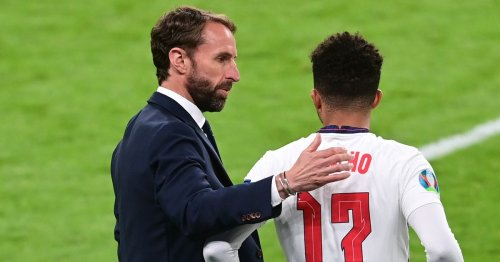 Southgate considers England formation change amid criticism over Sancho snub