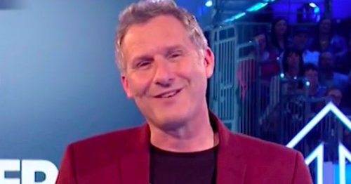 SU2C host Adam Hills details last conversation with dad who died from cancer