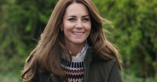 Kate Middleton 'won't let Meghan walk over Royal family' says Jenny Eclair
