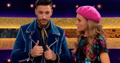 Strictly fans 'adore' Giovanni as he learns sign language for Rose Ayling-Ellis