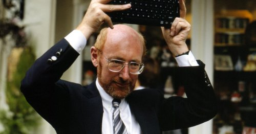 Home computing pioneer Sir Clive Sinclair dies at the age of 81