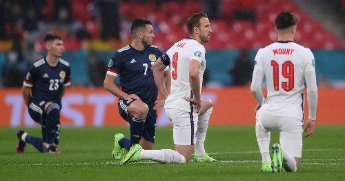 Claps drown out boos as England and Scotland take knee at Wembley