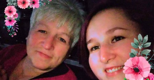 Unvaccinated mum and daughter die with Covid just two hospital beds apart