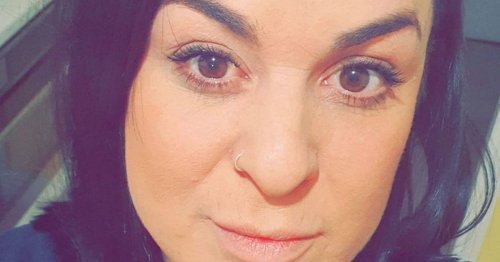 Mum, 39, who blamed back pain on working from sofa diagnosed with deadly sepsis