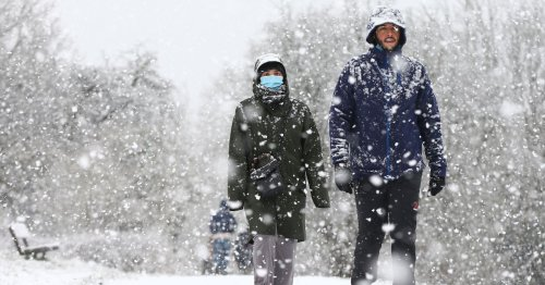 Heavy snow of up to 6 inches over Easter as temperature plunges from 24C to -4C