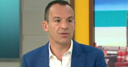 Martin Lewis travel hack will let you sit with family for free - saving £230