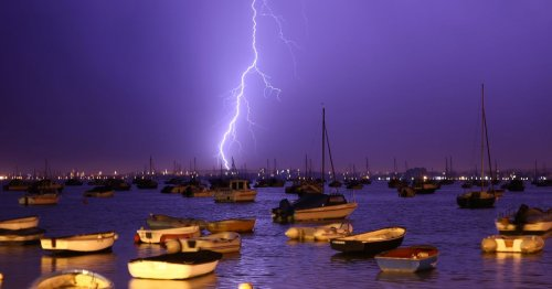 Hour-by-hour forecast in your area as thunderstorms due to batter Britain