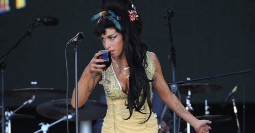 Annie Lennox's daughter was inspired by Amy Winehouse's pitta bread lyrics