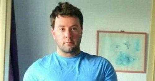Man left in tears after 'heartbreaking' encounter with elderly couple on flight