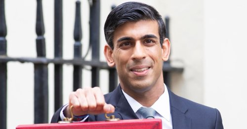 Rishi Sunak plans tax cuts for bankers after slashing benefits for poor