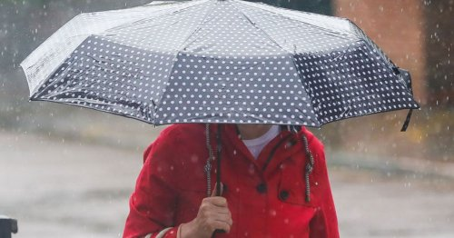 Met Office issues yellow danger alert for 14 hours of thunderstorms to lash UK