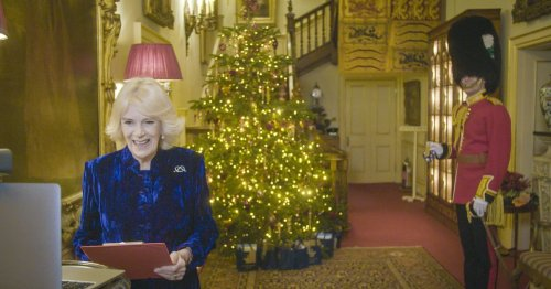 Camilla's special help to decorate royal tree as she 'makes the best' of Xmas