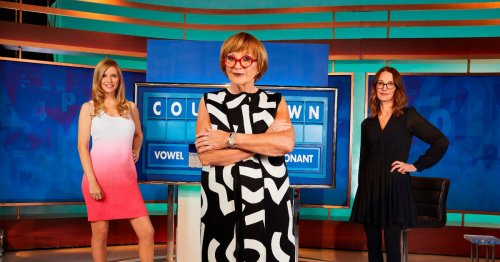 Countdown fans hit out at host Anne Robinson amid her 'feud' with Rachel Riley