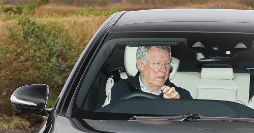 Sir Alex Ferguson 'visits Man Utd training ground' as crisis talks continue