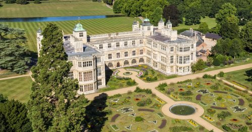 Beautiful stately homes in the UK with accommodation you can book for holidays
