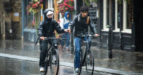 Heavy rain to batter Brits this weekend as yellow warnings issued