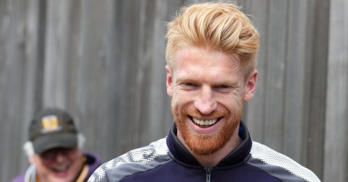 Man Utd sign 35-year-old Paul McShane to play for & coach club's Under-23s side