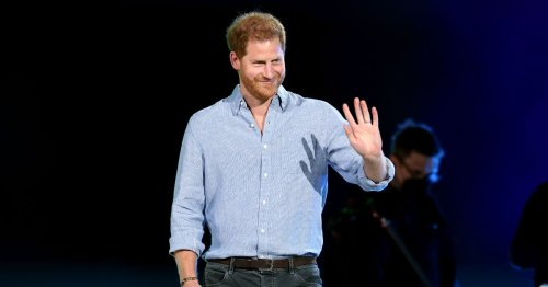 Prince Harry gets standing ovation from US fans who say 'he belongs to us now'