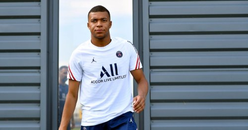 Kylian Mbappe makes contract decision as Liverpool target new defender