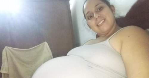 Mum accidentally suffocates baby after she dies suddenly while breastfeeding