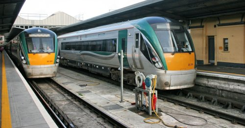 Irish Rail train stopped and four gardai called after incident