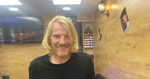 Man left on the street after losing mum and his home has transformed himself
