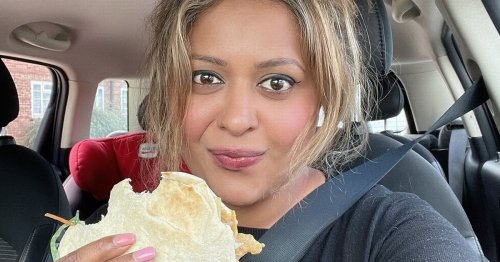 Hungry driver stuck in two-hour petrol station queue orders Nando's to her car