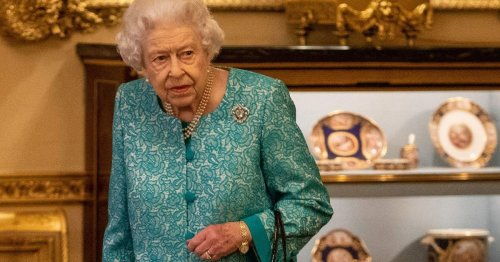 Queen's visit to green summit 'hanging in balance' as she waits for test results