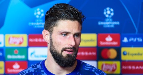Chelsea 'favourites' to seal £100m transfer as Giroud agreement is reached