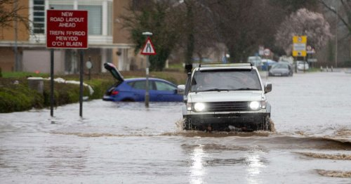 Met Office amber warning of heavy rain bringing flash flooding and power cuts