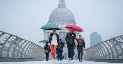 Brits to enjoy 22C today before torrential rain hits the UK in weekend washout