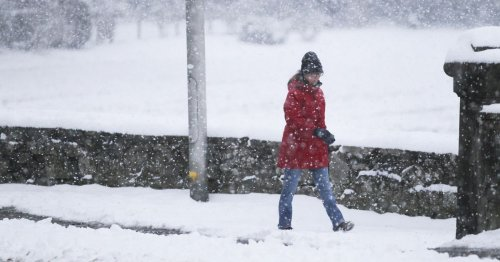 Exact day snow to fall in UK predicted as polar vortex brings ice and 6C chill