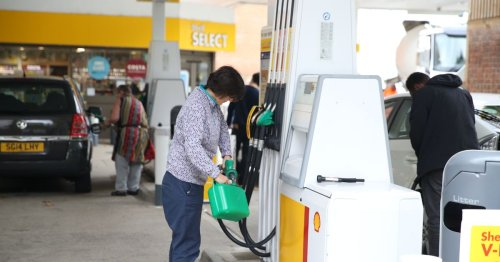 UK petrol prices hit eight-year high as hundreds of fuel stations run dry