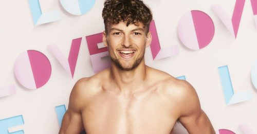 Love Island star's inspirational cricket triumphs after being born with clubfoot