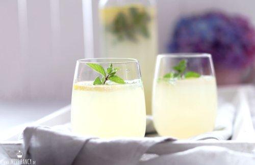 Perfekte Holunder-Zitronenlimonade | Miss Fancy - Food & more Blog