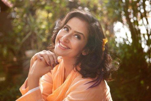 Manisha Koirala To Reportedly Play Tabu's Role In The Hindi Remake Of 'Ala Vaikunthapuramaloo'