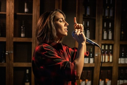 Andrea: Macedonia's Leading International Singer