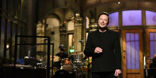 WATCH: Elon Musk reveals he has Asperger's syndrome on 'SNL' — here's why that's raising some eyebrows
