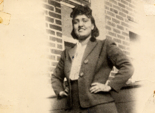 COVID-19 vaccinations 'overwhelming' for Kalamazoo family related to the immortal Henrietta Lacks