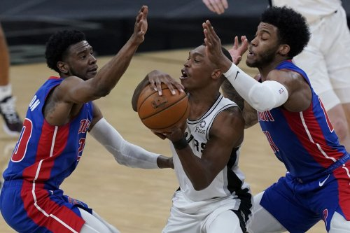 Pistons launch several rallies, fall to Spurs in Game 2 of back-to-back