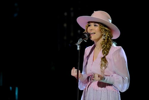 Michigan high school girl with shot to win 'The Voice' goes for top 5 finale tonight