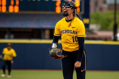 Michigan's Meghan Beaubien throws 5-inning perfect game vs. Rutgers