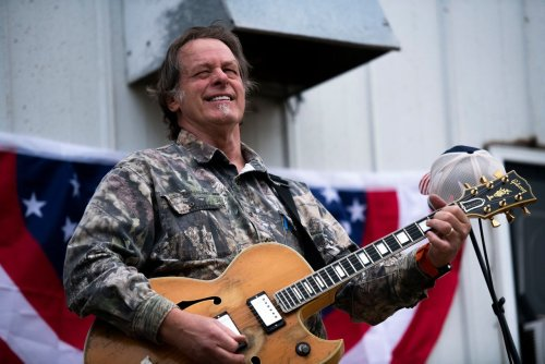 Ted Nugent performed inside Florida anti-mask supermarket days before saying he has COVID-19