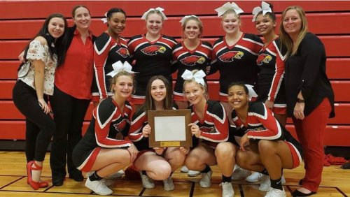 Meet the Cascades All-Conference competitive cheer team for the 2021 season