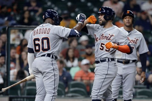 Tigers bash 5 home runs, clinch series win in Houston for first time since 2013