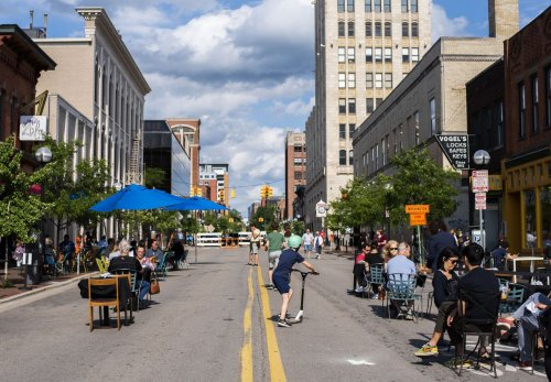 Street closures draw crowds out to once again enjoy Ann Arbor restaurants, bars